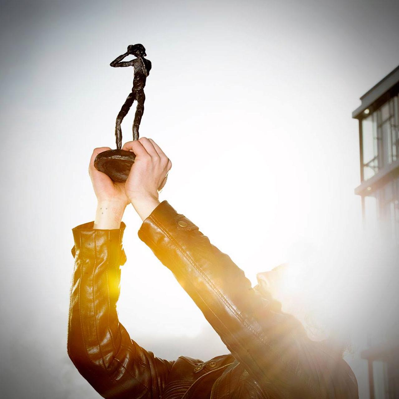 Noch ist das Geheimnis nicht gelüftet: Wem übergibt Daniela Schadt dieses Jahr den FREELENS Award?