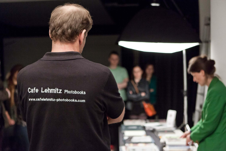 Trüffelsucher statt Suchmaschine: Richard Sprleder verkauft seine Kostbarkeiten direkt aus dem Kofferraum. Foto: Robin Schäfer