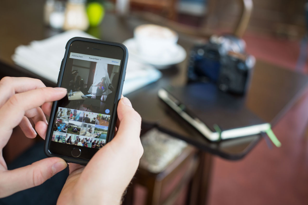 Journalistische Inhalte auf Instagram? Die Plattform bietet einige Funktionen, die für das visuelle Storytelling interessant sind, man muss sie nur nutzen. Foto: Evgeny Makarov