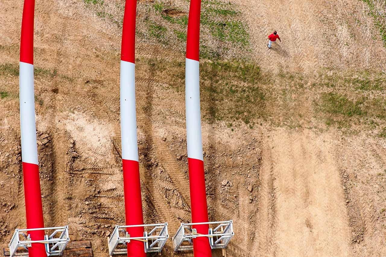 Aufbau einer Windkraftanlage im fränkischen Titting. Foto: Ulrich Mertens