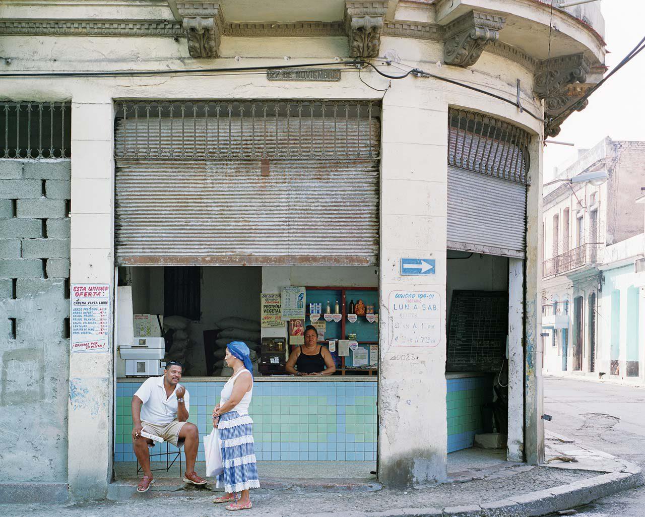 Aus der Serie »Ladentische in Cuba«. Foto: Anja Schlamann