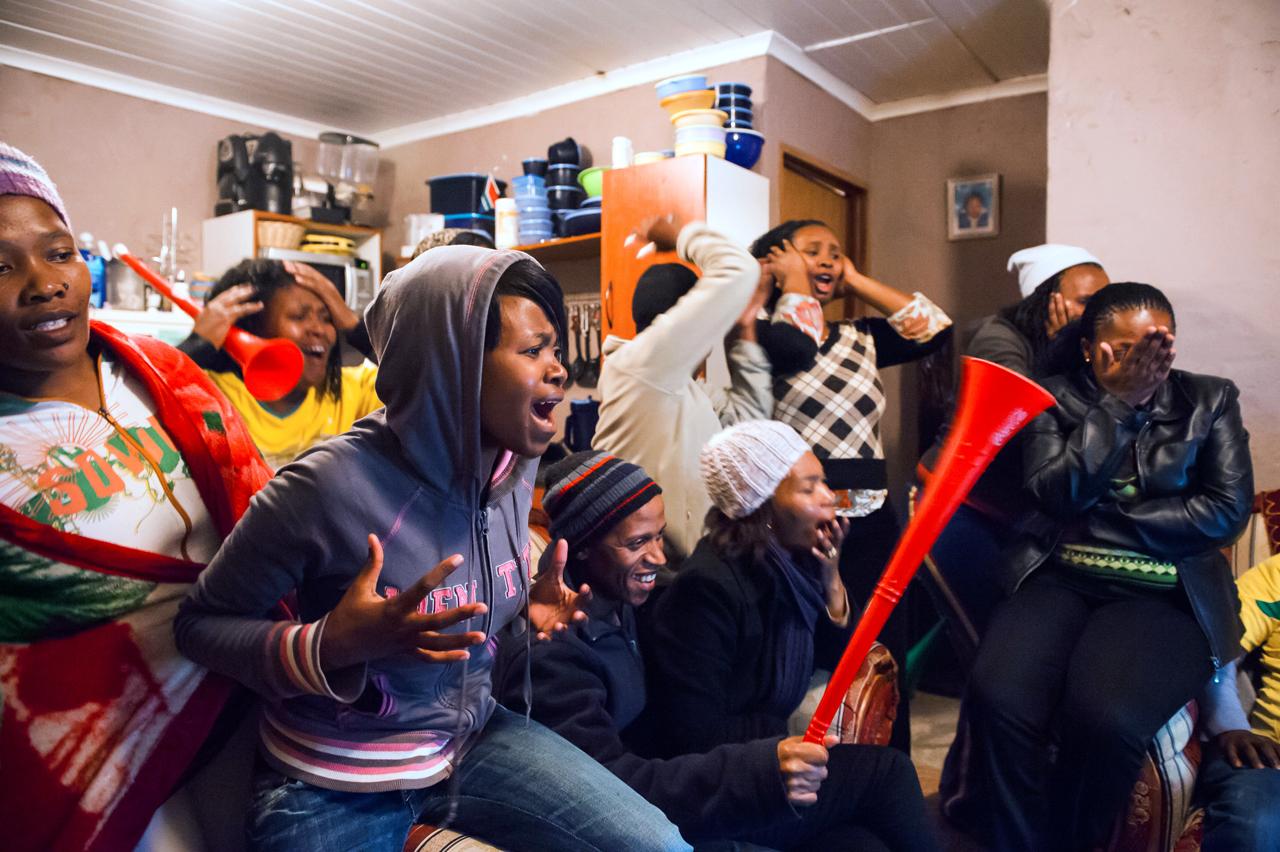 Ein Abend im Kapstädter Township Delft während der Weltmeisterschaft 2010 in Südafrika. Foto: Christian Frey