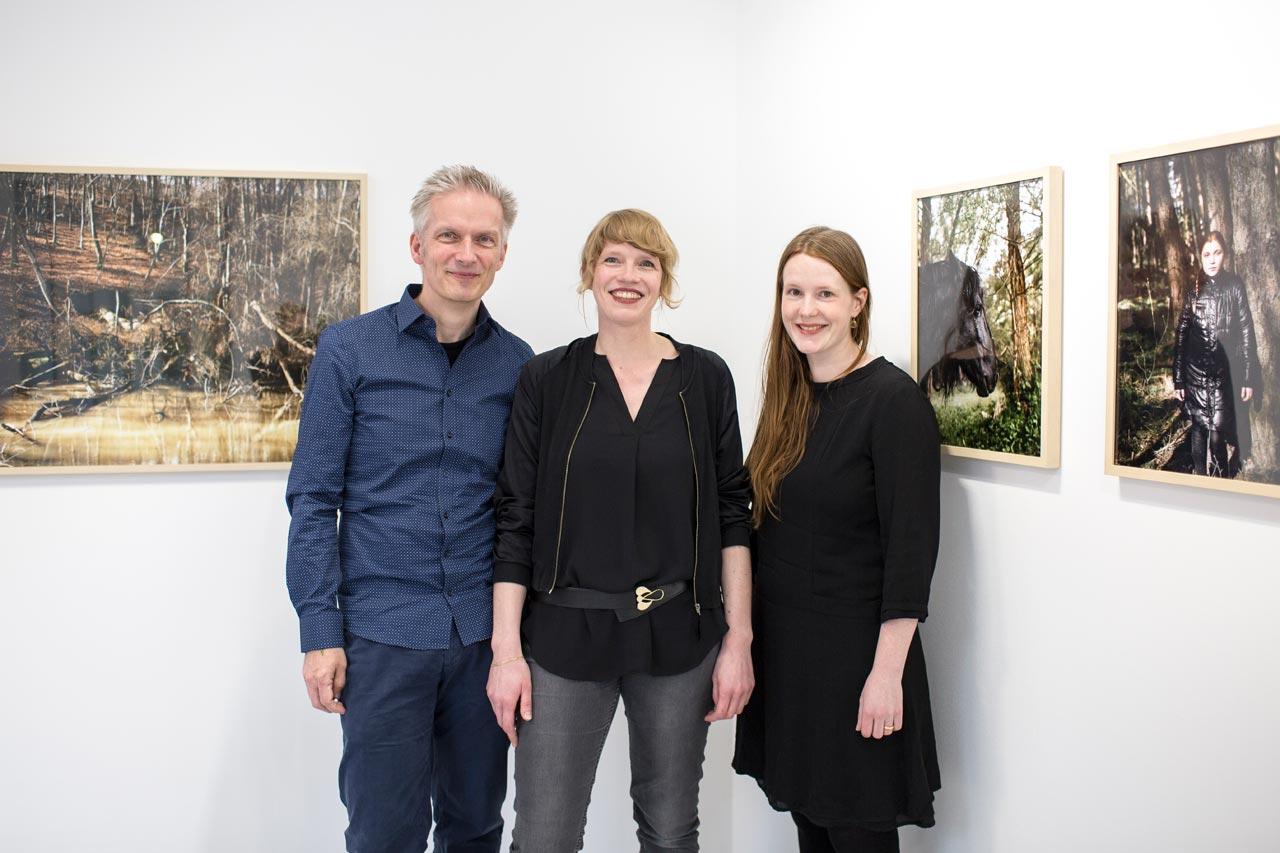 »Schmale Pfade | Blickwechsel« in der FREELENS Galerie