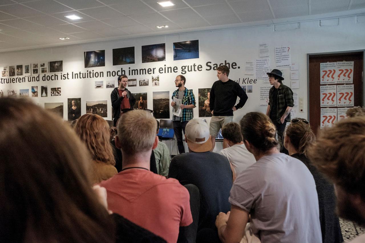 Protest der Dortmunder Fotostudent*innen